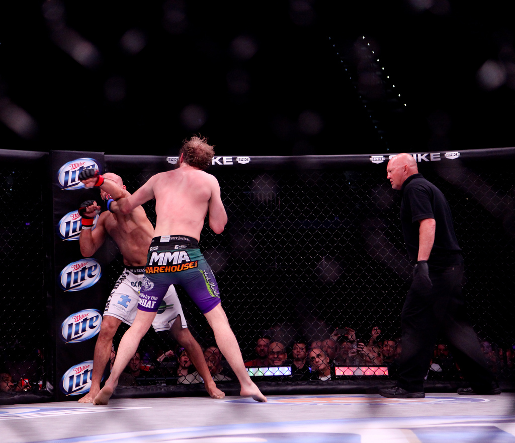Rickels-Awad 3 - The MMA Report Podcast Ufc Octagon Empty
